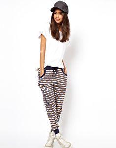 I need these pants!!!!!!!!!!!!!