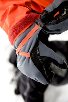 The Alpha SL Glove: Superlight, WINDSTOPPER® alpine climbing glove.