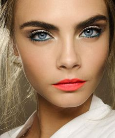 hooded blue eyes makeup With a pop of bold colour for lips