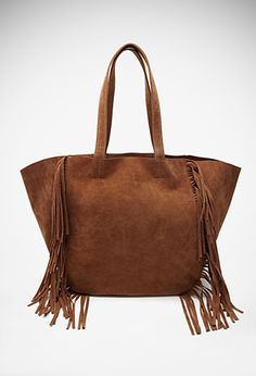 SERENA VAN DER WOODSEN: Is your friend super stylish and boho chic? Serena's signature boho style and free spirited soul would love anything leather and fringed! Fringed Faux Suede Tote | FOREVER21