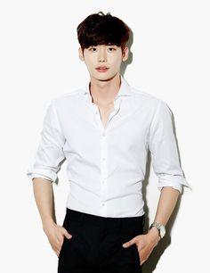 Lee Jong Suk confirmed to star in 'Pinocchio' alongside Park Shin Hye Lee Jong Suk, Jung Suk, Lee Jung, Korean Star, Korean Men, Asian Actors, Korean Actors, Korean Dramas, Sehun