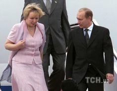 Vladimir Putin and Lyudmila Putin  © Photo by EPA / UPG