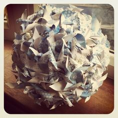 blue and cream pinwheel bouquet www.ribbonsandtulle.co.uk