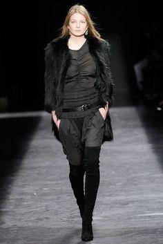 Isabel Marant Fall 2009 Ready-to-Wear Fashion Show - Eniko Mihalik (Elite)