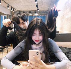 Ulzzang Korean Girl, Ulzzang Couple, Boy And Girl Friendship, Couple With Baby, Mode Kawaii, Korean Best Friends, Korean Couple, Cute Family, Cute Couple Pictures