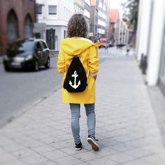 Stockholm raincoat in yellow
