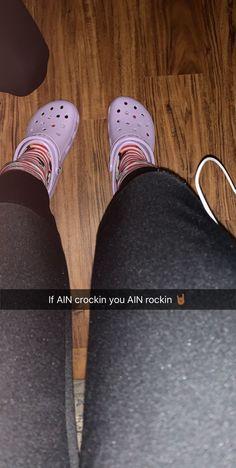Crocs to the top Crocs Fashion, Cute Slides, Pugs And Kisses, Hipster, Crocodiles, Kinds Of Clothes, Crocs Shoes, Shoe Closet, Preppy Style
