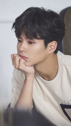 Park Bo Gum looks real and approachable at behind the scenes TNGT Brand Photoshoot Korean Star, Korean Men, Asian Men, Korean Wave, Asian Actors, Korean Actors, Park Bo Gum Wallpaper, Park Bogum, Park Hae Jin