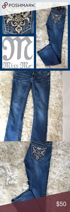 Miss Me Jeans Great used condition blue jeans by Miss Me. These stylish blue jeans have beautiful designs on the back pockets. Size 26 0r (2-3). Has a few missing rhinestones on the back pocket (not noticeable). Miss Me Jeans Boot Cut