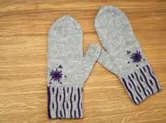 free pattern Knit Stranded, Google Translate, Mittens, Free Pattern, Knit Crochet, Scarves, Socks, Hands, English
