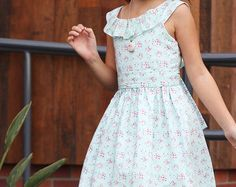 Dress using fabric from the Paperie collection by Amy Sinibaldi. Dress pattern from The Freckled Pear shop on Etsy. Toddler Dress Patterns, Sewing Patterns Girls, Girl Dress Patterns, Little Girl Fashion, Little Girl Dresses, Girls Dresses, Flower Girls, Flower Girl Dresses, Beautiful Summer Dresses