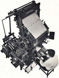Linotype máquina. Antes que o Linotype fosse inventado, mesmo os maiores jornais diários eram limitados a oito páginas devido ao alto custo e ritmo lento da composição do tipo. A máquina de composição de tipos de chumbo que teve o maior sucesso foi a do emigrante alemão Ottmar Mergenthaler, inventada no ano de 1884, em Baltimore, nos EUA.