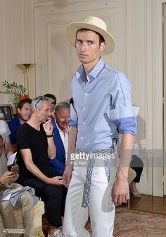 Photo d'actualité : A model walks the runway during the Pierre...