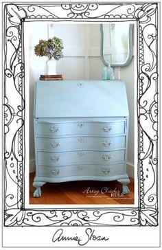 Secretary Desk Makeover (Chalk Paint® by Annie Sloan) - Frame it - #MadeItMyOwn #sp #chalkpaint artsychicksrule