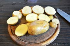 Cartofi prajiti la cuptor cu cimbru și mujdei | Savori Urbane Hamburger, Deserts, Potatoes, Bread, Cheese, Vegetables, Breakfast, Food, Morning Coffee