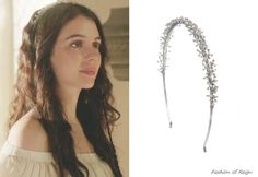 In the twelfth episode Mary wears this Untamed Petals Addison Headband ($298). Worn with Oscar de la Renta earrings.