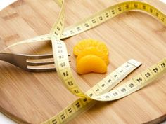 Schlankmacher Mandarine: Kanadische Forscher fanden heraus, dass bestimmte Stoffe aus der Mandarine Übergewicht verhindern können. EAT SMARTER erklärt, was Mand