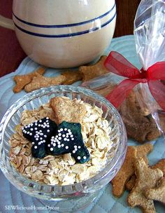 Homemade and healthy Oatmeal Dog Biscuits dogs will love + FREE eBook with more Dog Biscuit Recipes! sewlicioushomedecor.com