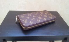 Louis Vuitton Monogram Canvas Zippy Wallet M60017. real shoot. $120+FREE shipping+on-line payment