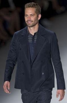 PAUL WALKER Famoso por interpretar a Brian O´Conner en la saga Fast & Furious, este actor de 39 años se toma su carrera con calma. Quizá la ...