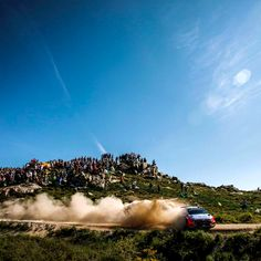 #Break a path through a cloud of #dust - @hyundai_wrc - #흙먼지 를 뚫고 펼치는 아찔한 #포르투갈 #랠리- #Hyundai_World_Rally #WRC #Portugal #Rally #ThierryNeuville #DaniSordo #HaydenPaddon #i20 #world #motorsport #mountain #sky #race #daily #photo #포르투갈 #티에리누빌 #다니소르도 #헤이든패든 #비포장도로 #레이스 #하늘 #현대자동차 #자동차 #자동차그램