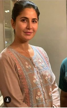 Katrina Kaif Wallpapers, Katrina Kaif Images, Katrina Kaif Hot Pics, Katrina Kaif Photo, Indian Actress Pics, Most Beautiful Indian Actress, Actress Photos, Indian Actresses, Beautiful Actresses
