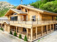 At the center of Isola 2000 ski resort in the southern alps, with some of the heaviest snowfalls in France, this beautiful traditional cottage… Beautiful Homes, Most Beautiful, Alps, Skiing, Southern, Real Estate, Cottage, Cabin, France