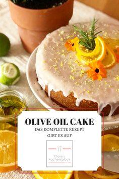 Auf die Idee, diesen Kuchen zu backen, hat mich eine Arbeitskollegin gebracht. Sie hat diesen Trend aus Instagram verfolgt und wollte, dass ich ihr einen backe. Da ja jeder in der Coronazeit Bananenbrot und Sauerteig gebacken hatte, tut nun ein bisserl Abwechslung gut. Was haltet ihr also von diesem Olive Oil Cake Backtrend? #thomsküchenblock #backrezepte #backen #bakingrecipe #oliveoilcake #oliveoil Olive Oil Cake, Desserts, Instagram, Olives, Bakken, Tailgate Desserts, Deserts, Postres, Dessert