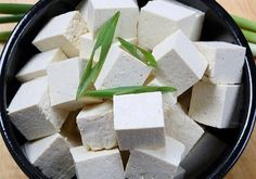 An excellent source of amino acids, iron, calcium and other micro-nutrients, tofu is a versatile ingredient with many health benefits. Nutritionist Jo Lewin offers up recipes, research and the key nutritional highlights of this soya product. Bbc Good Food Recipes, Tofu Recipes, Water Recipes, Healthy Recipes, Tofu Health Benefits, Health And Nutrition, Health Tips, Healthy Snacks For Weightloss, Healthy Foods To Eat