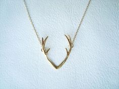 Antler Necklace Fashion Necklace Silver door ChillsJewellery