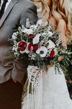 darby / macrame bouquet wrap / boho wedding decor / macrame wedding accessories – My Wedding Dream Elegant Winter Wedding, Winter Wedding Flowers, Chic Wedding, Wedding Colors, Dream Wedding, Wedding Blog, Wedding Ideas, Wedding Bride, Wedding Sunflowers