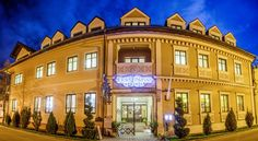 Hotel Slavia Salonta Located in Salonta, 350 metres from Turnul Ciunt, Hotel Slavia offers free WiFi, free air conditioning, a 24-hour front desk and a restaurant. Free parking spaces are available on site.