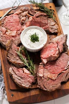 Garlic Rosemary Prime Rib Roast with Horseradish Cream--a gorgeous, simple meal for the holidays.