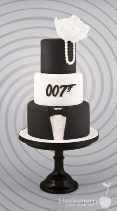 007 Wedding - Cake by Little Cherry