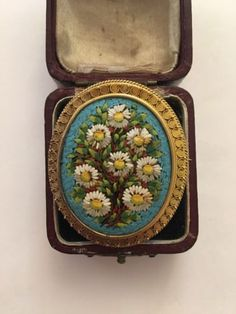 Antique-Victorian-Micro-Mosaic-Etruscan-Brooch-Yellow-Gold-Large-Size-Floral