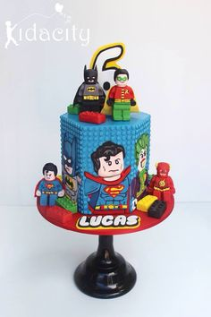 Lego cake two figures Lego Batman Cakes, Lego Batman Birthday, Lego Batman Party, Lego Birthday Party, Lego Superhero Cake, 5th Birthday, Minion Cakes, Superhero Party, Cake Birthday