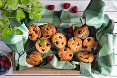 Få oppskriften her. Norwegian Food, Norwegian Recipes, How To Make Cake, Muffins, Flora, Brunch, Food And Drink, Breakfast, Desserts