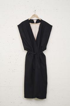 IKKAI kimono robe #minimalist #fashion #style