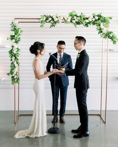 A Modern California Wedding with a White-and-Gray Color Palette - My Website 2020 Wedding Arch Greenery, Wedding Arch Rustic, Wedding Ceremony Flowers, Wedding Arches, Rustic Weddings, Real Weddings, Martha Stewart Weddings, California Wedding, Wedding Inspiration