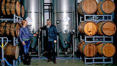Craft Beer: Julia und Oliver Wesseloh haben mit ihrer Brauereiin der Corona-Krise expandiert. India Pale Ale, Craft Bier, Beer Week, Hamburger, Music Instruments, Corona, Brewery, Musical Instruments, Burgers