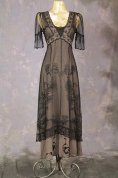 Ladies Edwardian Downton Abbey Titanic Gown Image  May have to find someone to make me this! Love it so much.