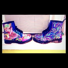 Doc Martens boots, hand crafted exotic designs! These are hand crafted Doc Martens boots I uniquely designed myself. They have a floral and exotic look, can be worn with anything! A royal blue pat and leather background, with fabric paint for top designing, and in good condition. Dr. Martens Shoes
