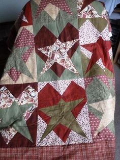 Looking for quilting project inspiration? Check out Valentine's Day Quilt by member Purtty. - via @Craftsy