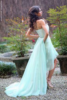 abito da sposa colore verde menta, mod. Melissa