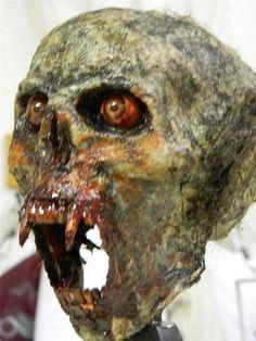 halloween horror movie prop realistic vampire beast trophy head with stand