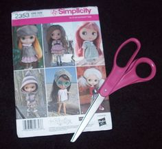 Simplicity Sewing Pattern for Blythe Tutorial