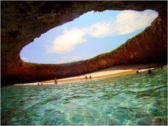 Isla Marieta, Mexico