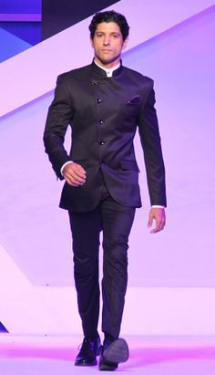 Actor Farhan Akhar in a chic suit by Blackberry India