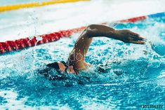 Stock Image: Freestyle swimming sprint Best Swimming, Swimming Tips, Arthritis, Entrainement Running, Freestyle Swimming, Swimming Drills, Gym Pass, Shoulder Pain Relief, Swim Training