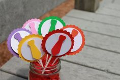 Atencion Atencion Cupcake Toppers sets of by SashasCreativeOutlet, $8.00